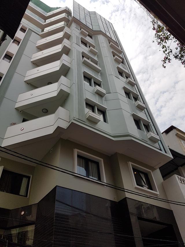 Tòa nhà được cấp phép 7 tầng nhưng xây tới 10 tầng