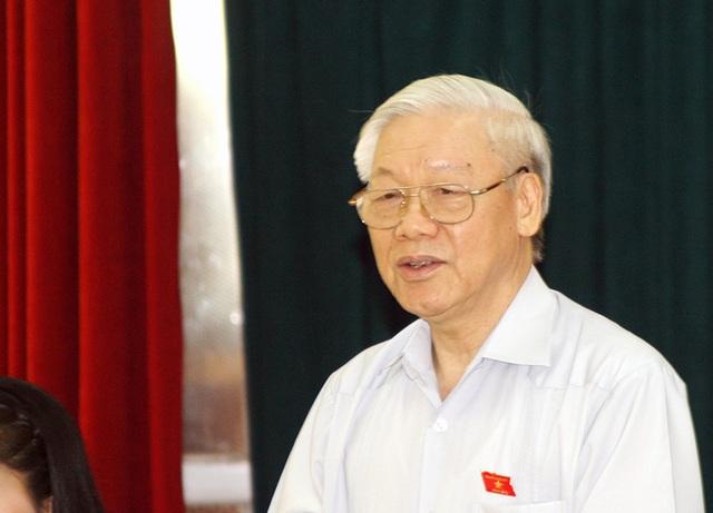 Tổng Bí thư Nguyễn Phú Trọng tiếp xúc cử tri quận Hoàn Kiếm
