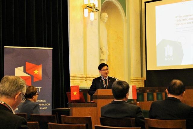 Hội nghị quốc tế về hợp tác nghiên cứu khoa học Việt Nam - Ba Lan lần thứ 4 - 2