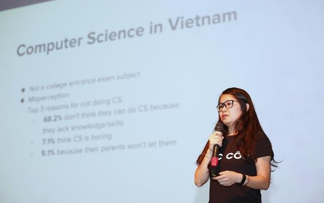 Huyền Chip chỉ ra thực trạng học sinh- sinh viên Việt Nam coi nhẹ môn Tin học.