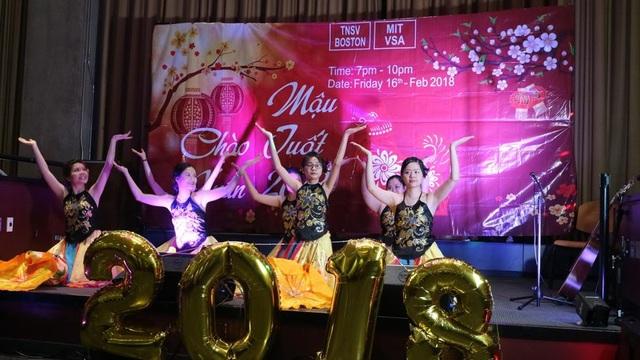 Tết Sum Vầy của Hội Thanh niên sinh viên Việt Nam vùng Boston mở rộng - 2