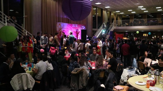Không khí đón Tết rộn ràng của hơn 200 anh em kiều bào du học sinh và gia đình Việt tại Boston