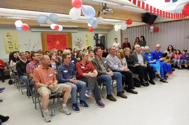 """Khách quốc tế ấn tượng """"Tết đoàn tụ"""" của du học sinh Việt tại ĐH Colorado - 2"""