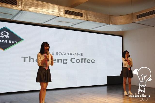 Nhóm thi thứ ba là nhóm 505. Hai cô gái đến từ thành phố Vinh của nhóm 505 chính là những người tiên phong mang trào lưu café boardgame về với thành phố Vinh, và họ đang trên đà xây dựng cộng đồng boardgame ở đây ngày càng lớn mạnh.