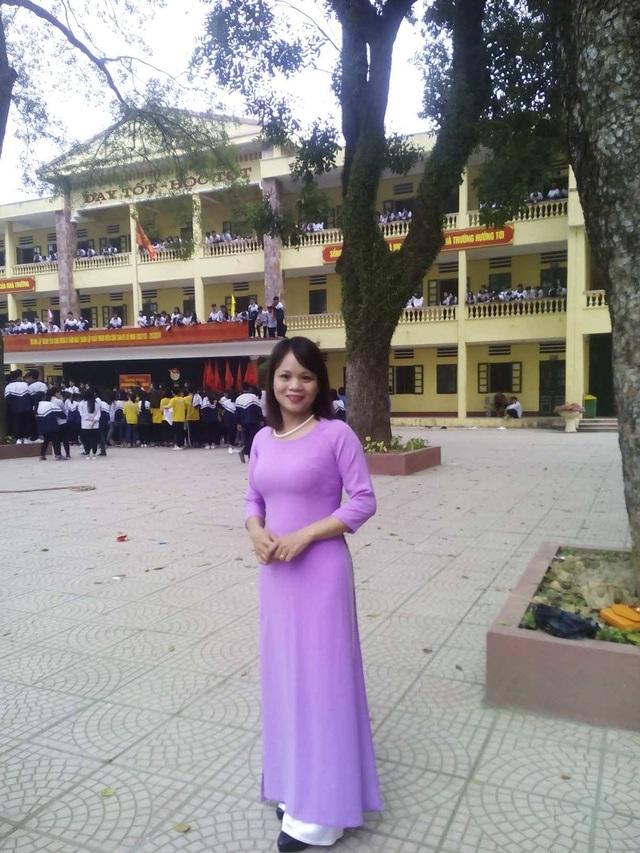 Là một giáo viên THPT, cô Lan Hương mong muốn việc đổi mới về thi cử đi vào ổn định, có thêm những tiết học về kĩ năng sống và hướng nghiệp nghề cho học sinh cấp 3.
