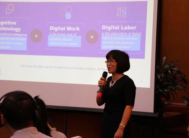 Bà Nguyễn Thị Thủy chia sẻ những kỹ năng bạn trẻ theo đuổi ngành kế toán, kiểm toán cần chuẩn bị.