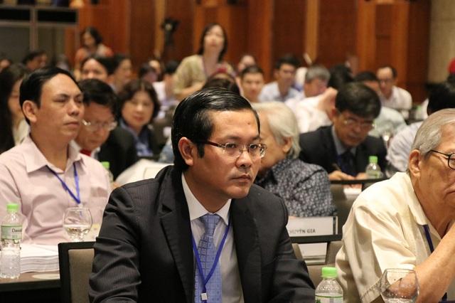 Hội thảo có sự tham gia của khoảng 200 đại biểu là lãnh đạo, các chuyên gia giáo dục trong và ngoài nước, nhà khoa học, nhà giáo, doanh nhân...