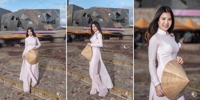 Mỗi người một vẻ nhưng con gái Việt ai mặc áo dài cũng thật duyên dáng.