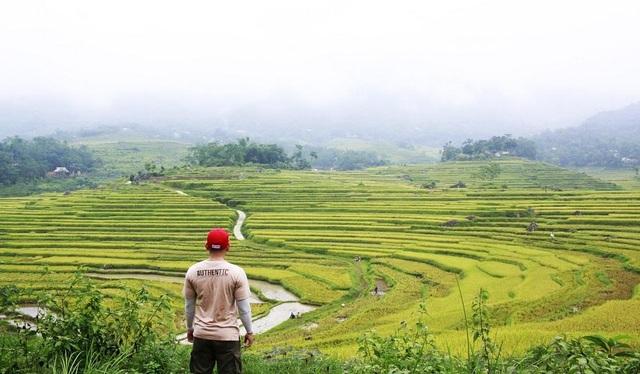 Phạm Quốc Toản thực hiện chuyến leo núi dài ngày tại Vườn quốc gia Pù Luông - một địa điểm du lịch tuyệt đẹp ở Thanh Hoá.