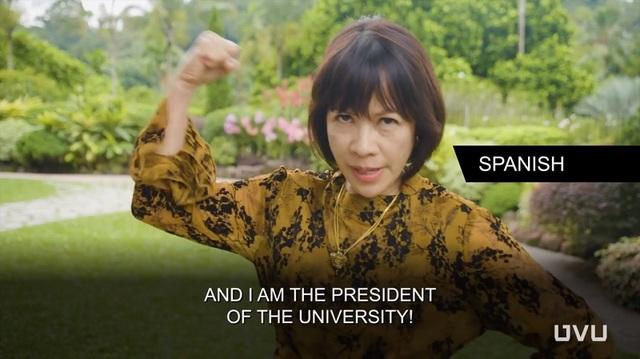 Màn chào đầu bằng tiếng Tây Ban Nha của tiến sĩ Astrid Tuminez - nữ hiệu trưởng đầu tiên trong lịch sử của Đại học Utah Valley.