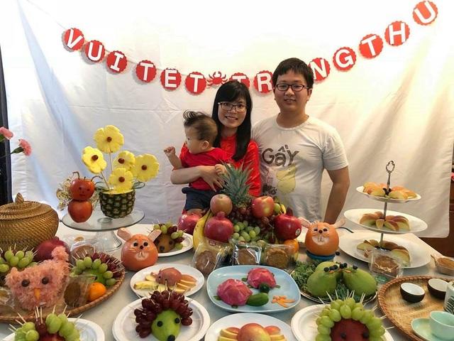 Quang Vũ luôn cố gắng dành thời gian chăm sóc cho vợ và cậu con trai nhỏ.