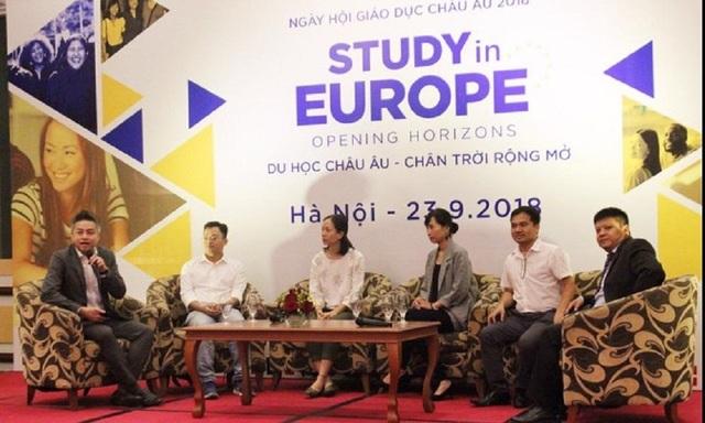 Các cựu sinh chia sẻ kinh nghiệm học tập tại châu Âu.
