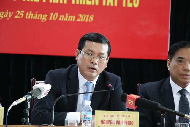 Thứ trưởng Bộ GD&ĐT Nguyễn Văn Phúc.