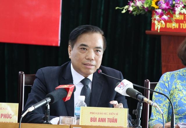 PGS.TS Bùi Anh Tuấn - Hiệu trưởng Trường ĐH Ngoại thương Hà Nội.