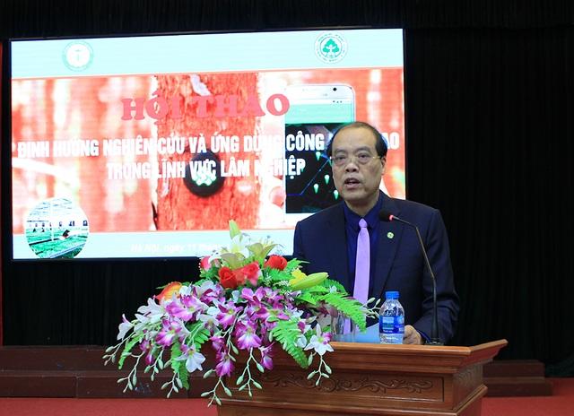 GS.TS. Trần Văn Chứ - Hiệu trưởng ĐH Lâm nghiệp phát biểu.