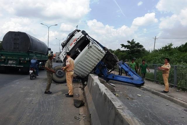 Theo công an quận 2, nguyên nhân hầu hết các vụ tai nạn xảy ra trên cầu Phú Mỹ được xác định lỗi do tài xế.