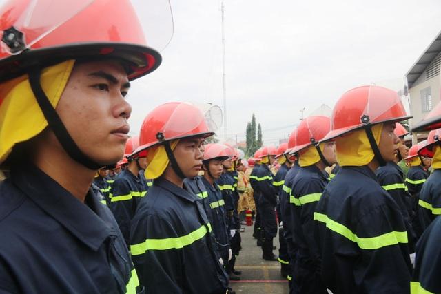 """Cảnh sát PCCC """"lao vào biển lửa"""" tại Hội thao Kỹ thuật chữa cháy - 3"""