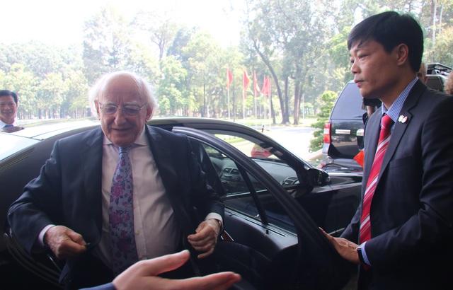 Ngày 11/11, Tổng thống Michael D.Higgins đã bắt đầu những hoạt động trong chuyến thăm và làm việc tại TPHCM.
