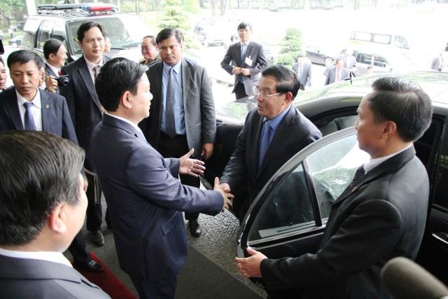 Bí thư Đinh La Thăng hội đàm với Thủ tướng Campuchia Hun Sen - 1