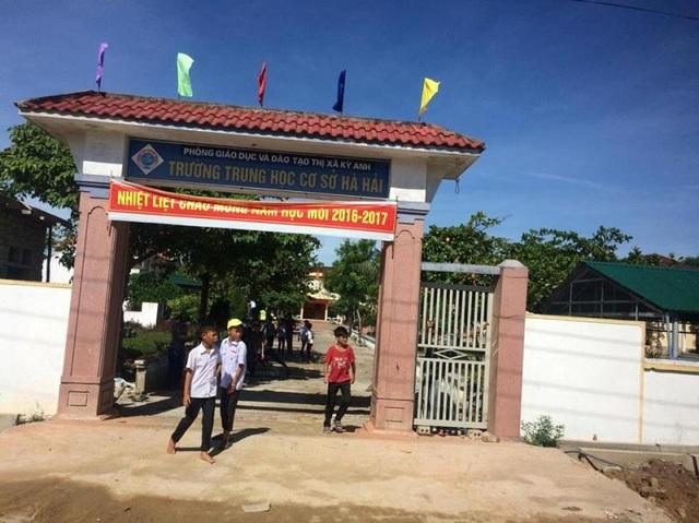 Vụ gần 1.000 học sinh bị cản trở đến trường: Thêm 757 học sinh đã quay trở lại trường - 1