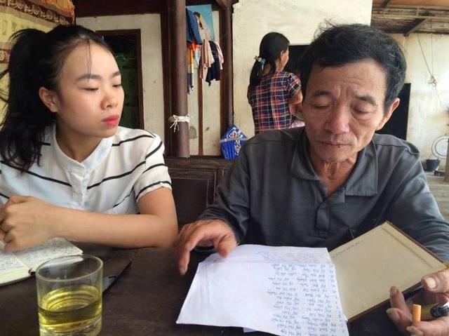 Ông Trai cho biết trong quá trình lập danh sách, có nhiều người đến xin nên ông đã thương tình cho tên họ vào. Điều lạ là hầu hết các đối tượng nhận quà là các cặp vợ chồng.