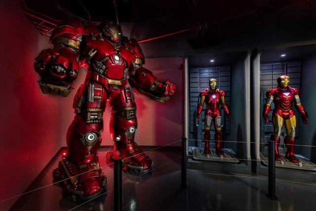 Buổi chiều: Tìm hiểu những kiến thức khoa học kỳ thú tại Trung tâm Khoa học Singapore (Singapore Science Centre) và gặp gỡ biệt đội siêu anh hùng tại triển lãm Avenger S.T.A.T.I.O.N.