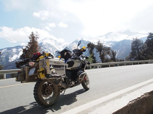 """Tây Tạng và hành trình chinh phục """"Nóc nhà thế giới"""" của 40 biker Việt - 2"""