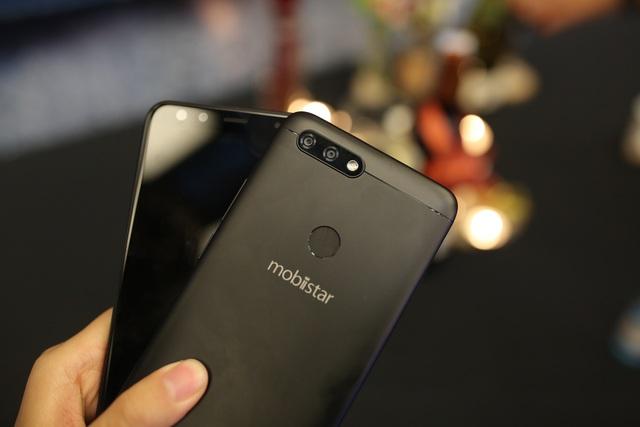 Sản phẩm 4 camera có camera trước lên đến 20.0 MP của Mobiistar sẽ lên kệ với mức giá hấp dẫn mới là 5.990.000 VND