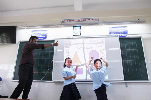 """Công nghệ thông tin là công cụ đắc lực giúp """"làm phẳng"""" lớp học"""