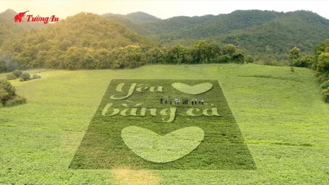 """Bởi vì yêu trái tim Việt, đội ngũ Tường An đã âm thầm nghiên cứu nên dầu Nành nguyên chất """"ngon tinh tế, trọn yêu thương"""""""