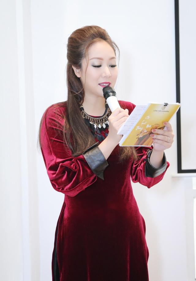 MC – Hoa Hậu Ngô Phương Lan giới thiệu Thiền Viện Trúc Lâm Long Đức