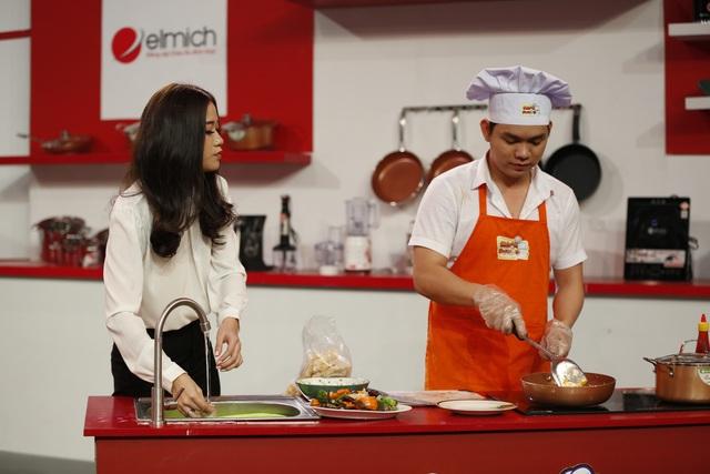 Thí sinh tham dự sẽ được trải nghiệm vào bếp cùng với nồi chảo chống dính Royal từ nhà tài trợ Elmich.