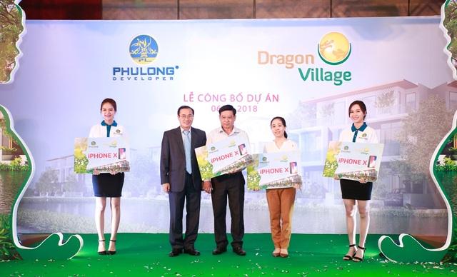 Khách hàng chen chân mua nhà dự án Dragon Village - 7