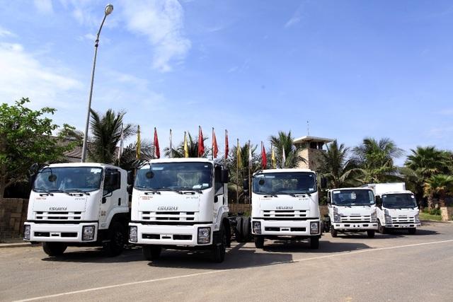 Isuzu - đơn vị hàng đầu cung cấp dòng xe tải tiêu chuẩn chất lượng cao tại Việt Nam và tiên phong chuyển đổi từ sản phẩm tiêu chuẩn Euro 2 sang Euro 4.