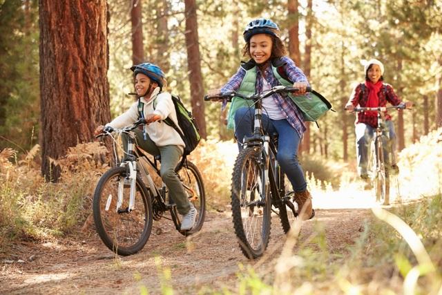 Trẻ thường xuyên tham gia các hoạt đông ngoài trời sẽ khỏe mạnh hơn