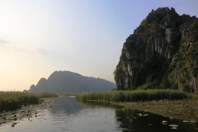 Cảnh sắc hoang sơ tuyệt đẹp ở đầm Vân Long - 11