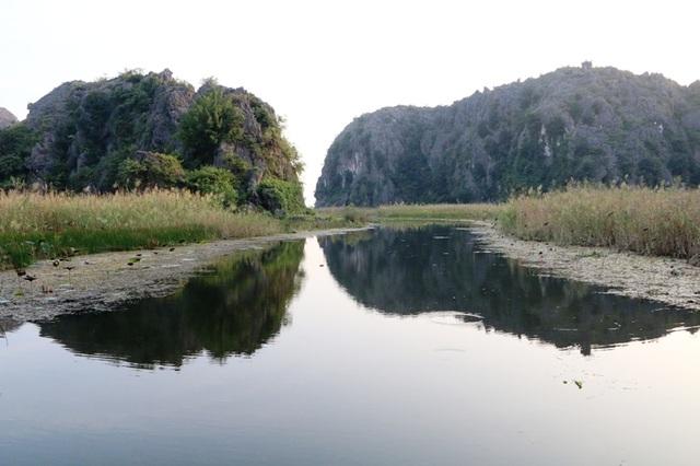 Cảnh sắc hoang sơ tuyệt đẹp ở đầm Vân Long - 21
