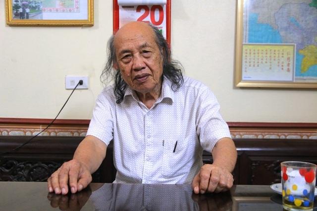 Ông Nguyễn Xuân Lương, người bỏ tiền túi, vay ngân hàng để làm đường cho dân làng.