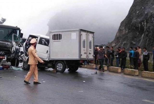 Công an tỉnh Hòa Bình đang nỗ lực điều tra nguyên nhân vụ tai nạn.