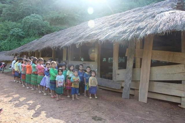 Tại các bản làng xa xôi của huyện Mường Lát, hàng trăm học sinh vẫn khát khao có một ngôi trường khang trang để học tập
