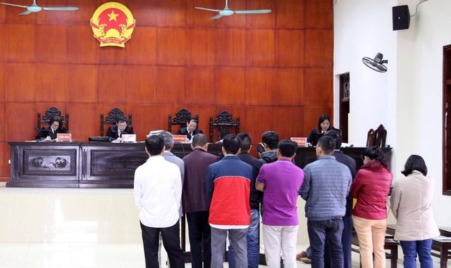 Có 12/14 bị cáo kháng cáo sau phiên sơ thẩm. 2 bị cáo không kháng cáo là cán bộ hải quan thuộc Hải quan Quảng Ninh (ảnh CTV)