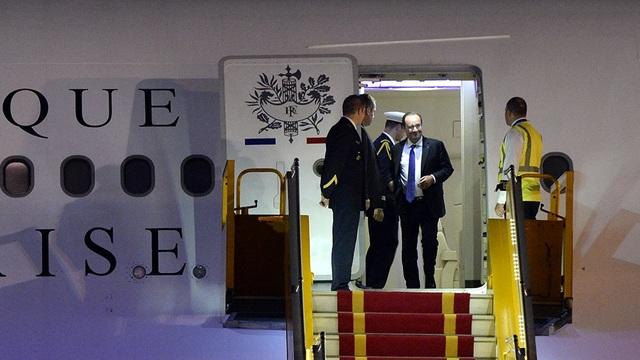 Những hình ảnh đầu tiên của Tổng thống Pháp Hollande tại Hà Nội - 9