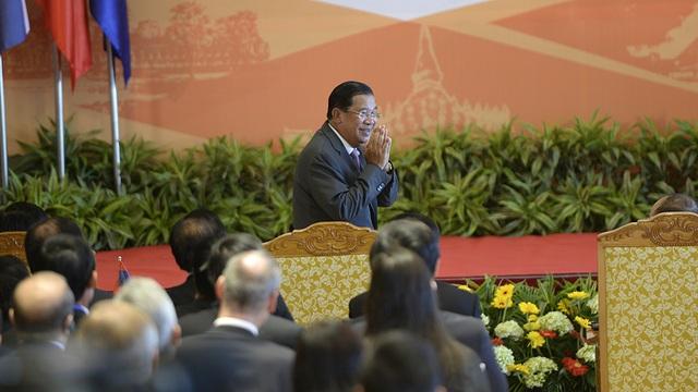 Thủ tướng Campuchia Hun Sen cho rằng tăng cường hợp tác luôn là nhu cầu cấp bách để hướng tới tầm cao mới của phát triển