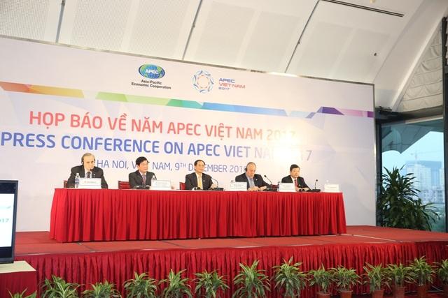 Quang cảnh Họp báo về Năm APEC Việt Nam 2017