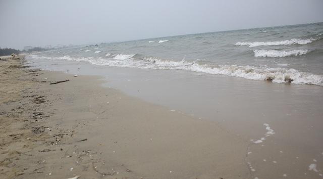 Thi thể anh Trọng được phát hiện sát mép bờ biển