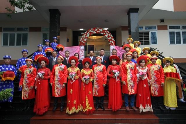 Lễ cưới tập thể cho các công nhân được tổ chức sáng 18/12