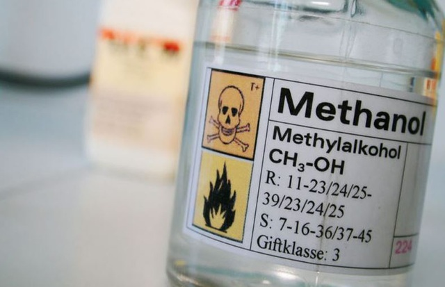Các cách giải độc rượu methanol hiệu quả - Ảnh 1.
