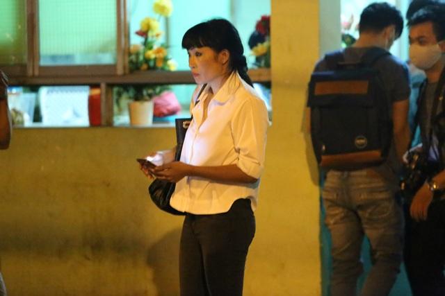 Ca sĩ Phương Thanh giản dị khi đến thăm ca sĩ Minh Thuận vào tối ngày 4/9