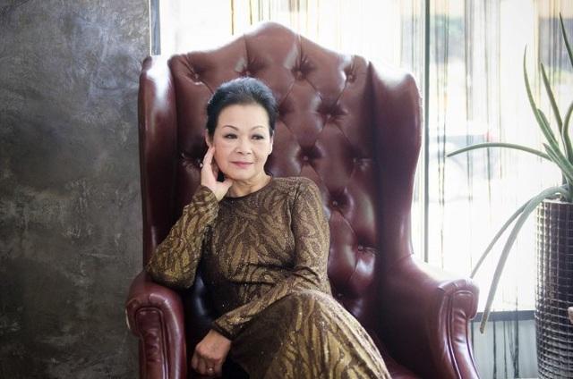 Ở tuổi ngoài 70 nhưng Khánh Ly vẫn còn hát và còn được hát và được khán giả yêu thích giọng hát của mình