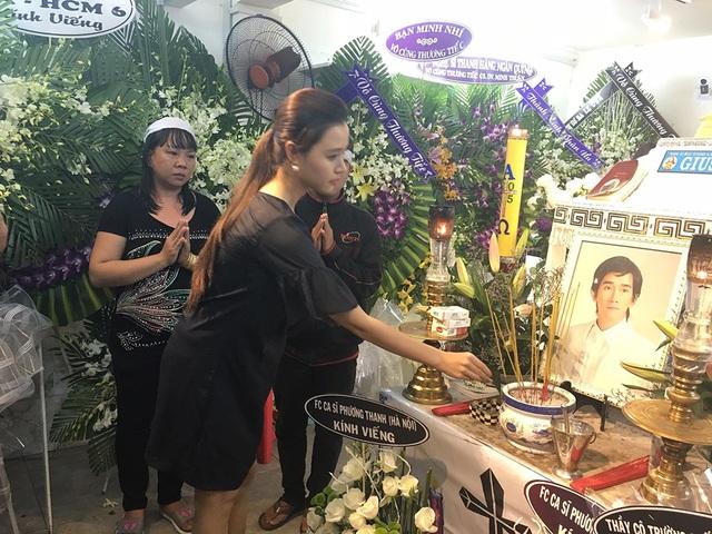 Xúc động tình nghệ sĩ đêm cuối cùng bên ca sĩ Minh Thuận - 28